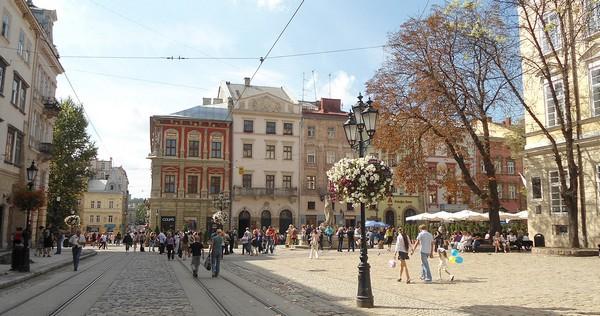 Zakwitły kasztany we Lwowie 2